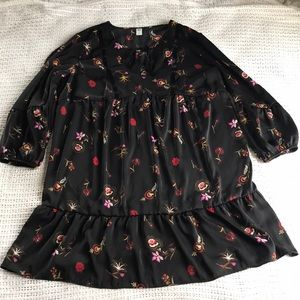 Old Navy XL Black Floral Peasant Style Tunic